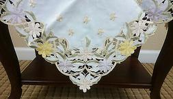 """Daisy Embroidery Spring Embroidered Floral Cutwork 36"""" Table"""