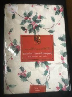 Benson Mills Hollies and Berries Jacquard printed Holly Berr