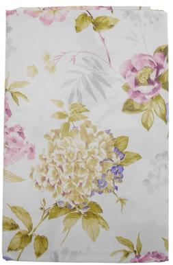 Hydrangeas and Wild Roses Vinyl Flannel Back Tablecloth Whit