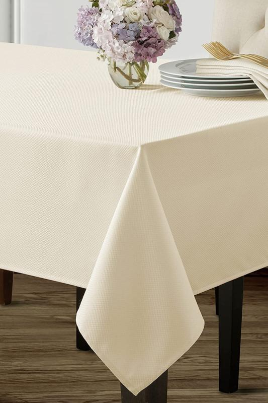 beauvalle extra wide spillproof tablecloth 68 x