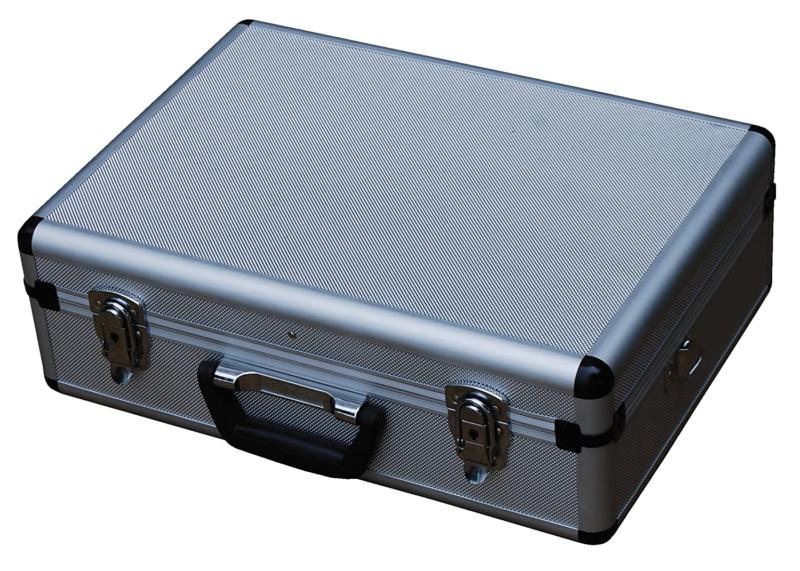 Vestil CASE-1814 Rugged Carrying Corners.