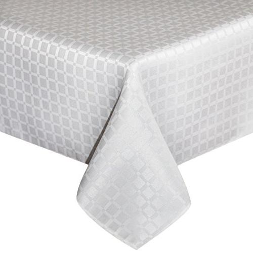 contemporary little checkered fabric tablecloth
