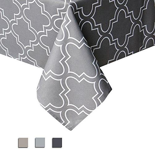 geometric white quatrefoil print tablecloth