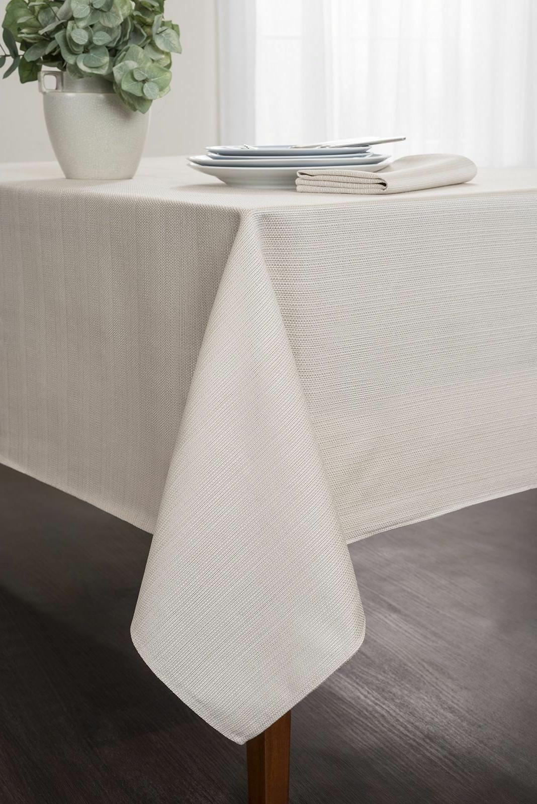 Textured Tablecloth, White, Rectangular