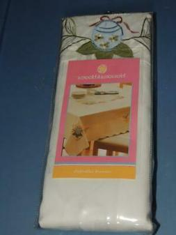 NEW BLOSSOMS & BLOOMS EASTER CUTWORK TABLECLOTH OVAL 60x84 E