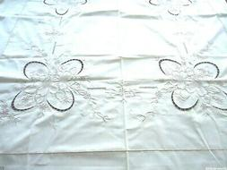 Vintage NEW Hand Embroidered&Cutwork Floral Cotton Oval Tabl