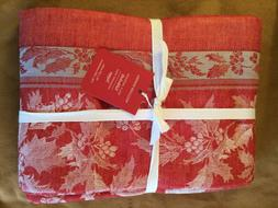 williams sonoma Jacquard Holly 70 x 126 tablecloth red silve